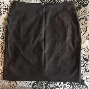 Banana Republic Dress Skirt - Size 4